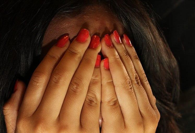 Hypnos kann sowohl bei sozialer Phobie als auch bei Schüchternheit helfen.